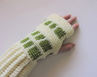 Cream and Green Fingerless Mitts, Gloves
