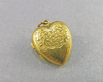 Vintage Locket Pendant Heart Locket Picture Locket Vintage Jewellery Antiques Collectibles
