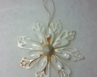 All White Seashell Snowflake Christmas Ornament, Seashell Ornament, Seashell Snowflake, Chula Snowflake, Coastal Christmas Ornament