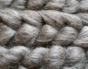 Steel - natural grey Gotland top for hand spinning