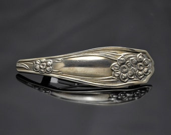 1913 Standard Three Barrette Vintage Silverware