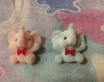 Vintage 1980s Flocked Fuzzy Elephant Lapel Pin Set