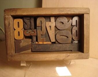 Vintage 0-9 Print Blocks in Old Box