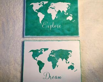 World map green and white wall art decor