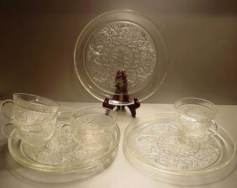 Anchor Hocking Sandwich Glass Crystal Snack Set for 4, Snack Plates, Snack Cups, Luncheon, Party