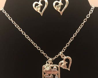 Heart earring and necklace set