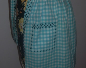 Vintage Turquoise Gingham Half Apron,   Medium