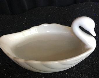 Beautiful, Vintage Fine China Elegant White Swan Soap / Trinket / Dish   Exclusively for BEN RICKERT, INC.