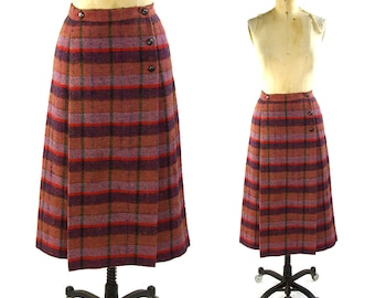 CHANEL Skirt / Vintage 1970s Plaid Wool Pleated Skirt with Chanel Logo Buttons / Made in France