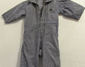 A Baby Boy's,Vintage 60's,HICKORY Striped Blue Denim COVERALL Suit.18mo