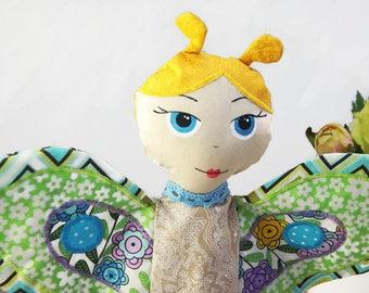 Poupée de jouet textile papillon, papillon bleu marionnette, poupée marionnette animaux, cadeau pour fille, une poupée de chiffon à la main pour fille