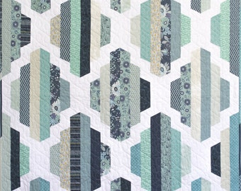 """Modern Quilt Pattern, PDF Instant Download, Garden Lattice Quilt Pattern in two sizes, Full and Throw, 2 1/2"""" strips, Jelly Roll friendly!"""