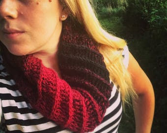 The Grenat Cowl~Wool blend cowl