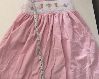 Girls smocked dress Size 4