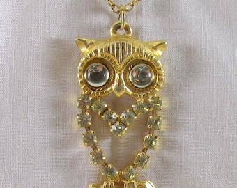 Gold Tone Prong Set Peridot Vintage Owl Pendant