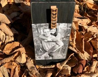 Black wood block picture holder