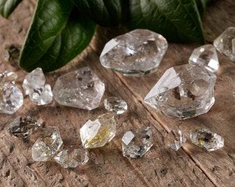 10 gram lot Pakimer DIAMONDS from Pakistan - Mixed size Raw Included & Clear Quartz Crystals, Herkimer Diamond Like, Loose Gemstone E0023