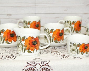 Vintage Mid Century 1960s Meakin Part Teaset Poppy Pattern Milk or Cream Jug, Sugar Bowl, 6 x Cups and Saucers