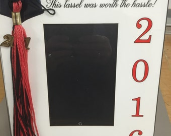 Personalized Graduation Photo Frame_Perfect way to display graduation tassel