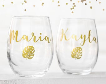 Beach wedding, Bridal shower gift, maid of honor gift, Bridal gift, custom bridal gift,personalized wine glass, bridesmaid cup