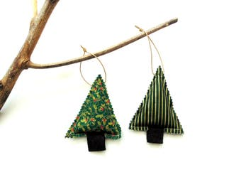 Christmas tree sachet set of two, tree trimming, balsam pine fir cinnamon chips, rustic country home, scented sachets, Christmas balsam