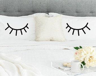 Eyelashes Pillowcase Set