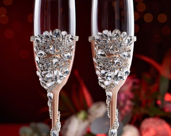 Personalized wedding flutes wedding champagne glasses champagne flutes toasting flutes silver ROYAL BLUE flutes wedding flutes Set of2