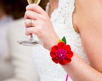 Felt wrist corsages - wedding - DIY kit