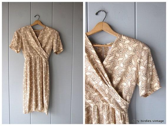 90s Silk Dress Beige Sheath Minimal Dress with Plunging Neck Paisley Print Short Sleeve Modern Day Dress Womens 6 Small