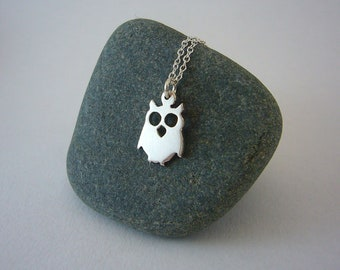 silver owl necklace, owl pendant, animal jewelry, owl charm, sterling silver jewelry