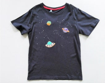 Space t-shirt, starry sky t-shirt, t-shirt with hand-painted fabric application. Planets, stars, spaceships, for kids. Hand painted t-shirt