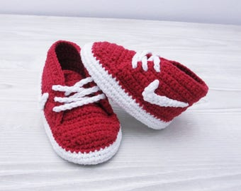 Crochet baby shoes Baby sneakers Baby booties Baby shower, Crochet shoes, Baby crochet booties, Baby slippers, 3-6 months, Newborn baby,