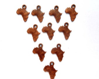 10 Antique Copper Africa Charms, Jewelry Making - 21-1