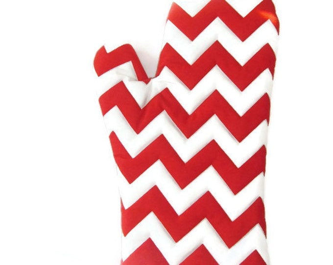 Oven Mitt - Valentine for Foodie -Red and White Chevron -  Gift Under 20