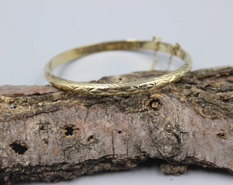 Sterling Silver Gold Plated Hinged Bangle Bracelet Round Engraved Etched