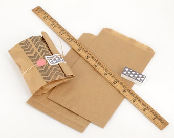 "50 Brown Paper Bags - Expandable flat bags - Made of recycled Kraft paper - 115x195mm (4 1/2""x7 5/8"")"