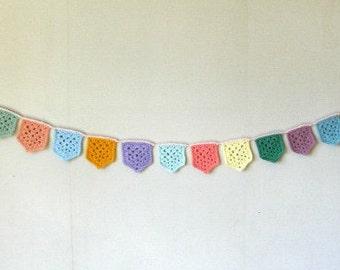 Granny Flag Bunting Crochet pattern / tutorial PDF file