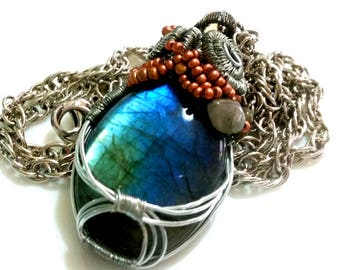 Labradoritkette, filigree decorated, wire wrapping, wire jewelry with Labradorite, hand made, blue green copper
