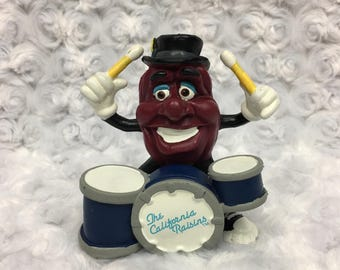 Vintage 1988 Small Collectible Rubber The California Raisins Playing Drums Toy