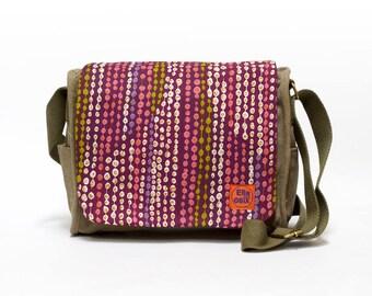 Vintage Fabric Upcycled Canvas Bag, Retro Shoulder Bag, 70s Saddle Bag by EllaOsix