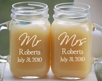 Personalized Wedding Gift, Mason Jars, Mr and Mrs Gifts, Engraved Wedding Gift, Beer Mugs, Engagement Gift, Bride and Groom, Mason Jar Mugs