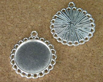 2 medium round cabochon silvers with firse - set of 20 - mm AC332