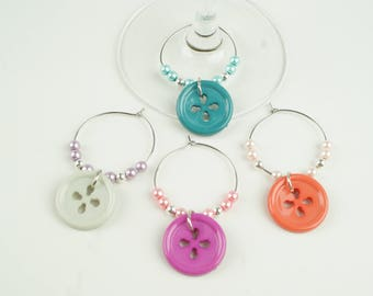 Buttons Wine Charms-4pc