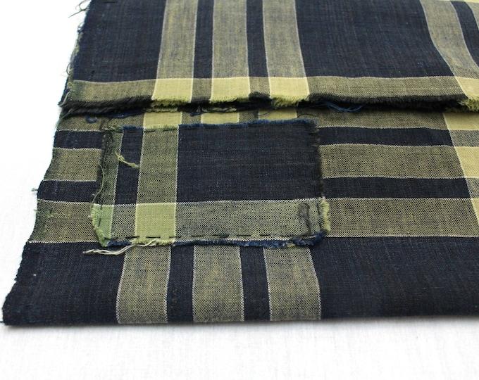 Japanese Vintage Kasuri Ikat. Woven Indigo Cotton Scrap. Traditional Folk Fabric. (Ref: 1758D)