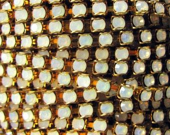 Swarovski Opal Cup Chain, Raw Brass , 24 pp priced per foot