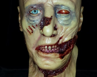 Lifesize Zombie Head latex collectors Halloween  mask with glass eye