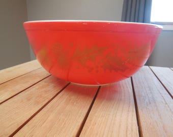 Vintage 404 Red Holly Pinecone Mixing Bowl