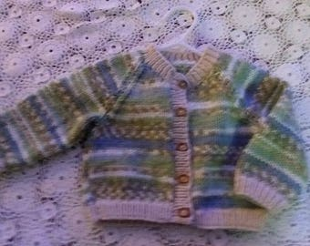Handknit round collar baby cardigan in pink or green