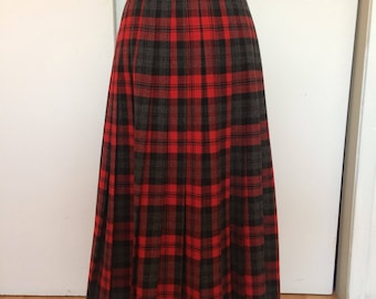 Amazing long vintage high waisted plaid skirt