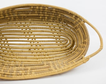 coiled oval sweetgrass basket with handles // vintage sweetgrass basket